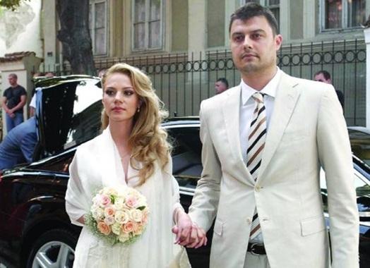 Бареков жена