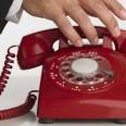 червен телефон