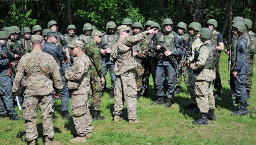 Украйна войници
