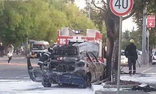 кола изгоряла