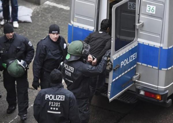 бежанци меркел
