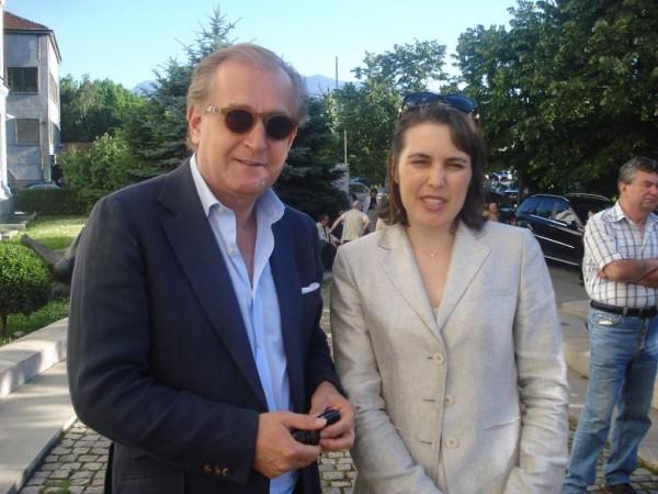 Спас Русев е сочен за духовен водач на лондонските юпита в бг. политиката, като Любка Качакова.