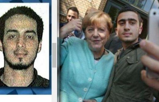 Меркел - селфи
